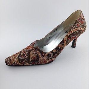Costa Blanca embroidered heels sz 6m